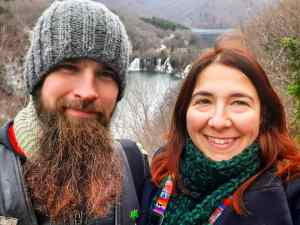 A winter photo of us from Plitvice Lakes. I love that I knitted both our scarves and the husbands hat ^^