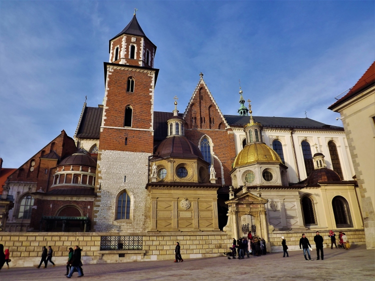 The beautiful Wawel cathedral. It is located in the centre of Wavel Castle, the first UNESCO World Heritage location in the world!